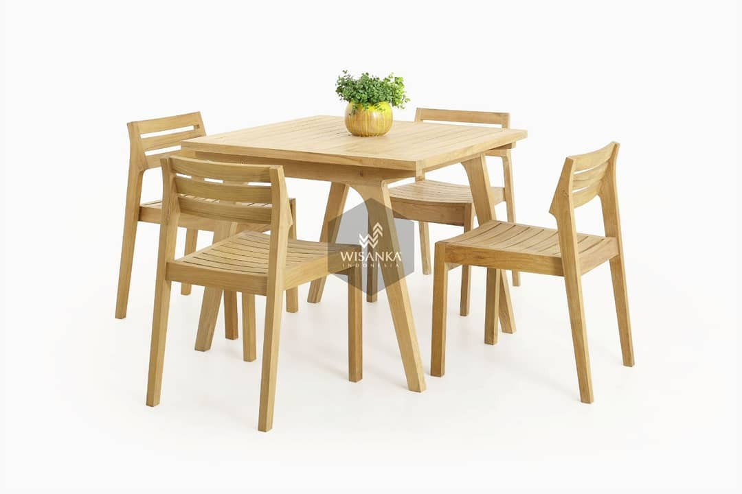 Denver Dining Set Proudly present our new collection in outdoor range. Have just...